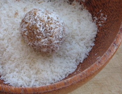 Raw Energy Ball - Pure Heaven & Good for You!