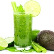 Green Smoothie: A Daily Detox & High Nutrient Boost
